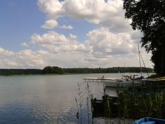 Nad jeziorem Niesłysz. Camping Przełazy,